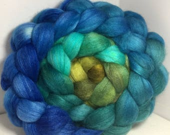 Polwarth/Bombyx/Cashmere 40/40/20 Roving Combed Top - 5oz - St. Ninian's Spring 2