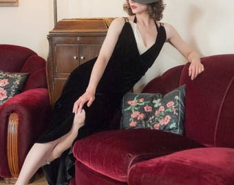 50% CLEARANCE Vintage 1930s Dress - Elegant Black Silk Velvet Bias Cut 30s Evening Gown with Layered Halter Straps and Sequins