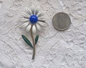 Vintage, Enamel, White and Blue Daisy, Brooch, Pin, Vintage Jewelry, Flower Enamel Jewelry