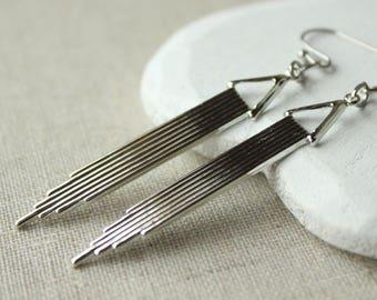 Silver art deco earrings, Long shiny Silver Art deco Earrings, Geometric Earring HOOKS or CLIP Earrings lightweight earring E161
