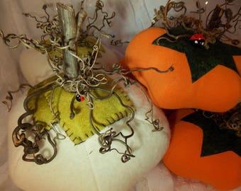 Felted Wool Pumpkin~Handmade Wool Pumpkin~Felted Harvest Pumpkin~Decorative Felted Pumpkin~Large Felted Pumpkin