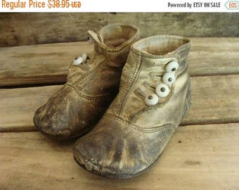 ONSALE Antique Old Worn Edwardian Gorgeous High Button Boots for Child N0 26