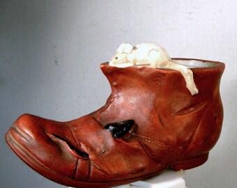 Mouse on Hobo Boot Planter, Japan Porcelain 1950s, Crude but Retro Sweet, Pencil Holder, Desk Organizer