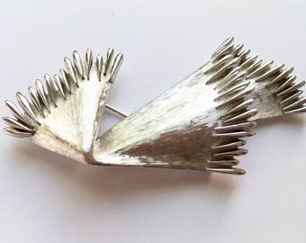 Vintage Signed Crown Trifari Bold Modernist Abstact Brushed Silvertone Statement Pin Brooch