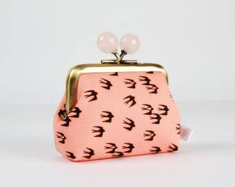 Metal frame coin purse with color bobbles - Tiny swallow on pink - Color mum / Japanese fabric / Black birds / blush powder neon pink