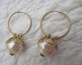 Vintage Pierced Earrings Large faux pearls