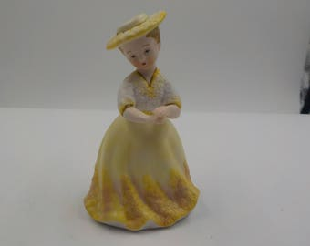 Vintage Porcelain Woman Figurine - Ardco - Made in Japan - Mint condition - Sunny Yellow and delightful