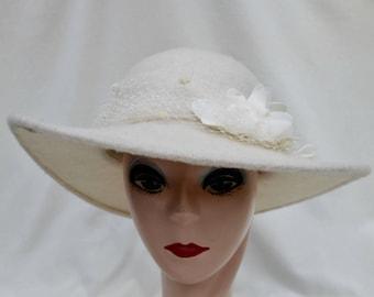 Bridal Wide Brim Ivory Angora Hat / Winter Wedding Hat / Bridal Wide Brim Winter Wedding Hat / Bridal Fall Wedding Hat