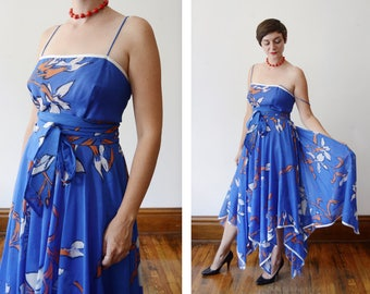 1970s Lilli Diamond Blue Floral Handkerchief Hem Dress - M