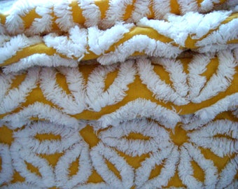 Hofmann Gold Plush Daisy Vintage Chenille Bedspread Fabric 12 x 24 Inches