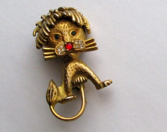 Vintage Leo the Lion Brooch with Rhinestone Eyes and Nose