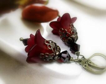 Christmas Flower Earrings, Holiday Jewelry, Christmas Jewellery, Red Swarovski Earrings, Vintage Style Flower Earrings, Gifts Under 30
