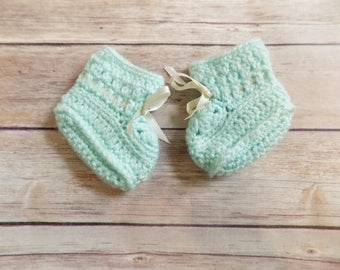 Mint Green Baby Booties, Knit Baby Shoes, Green Newborn Socks, 0-3 Months