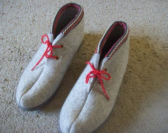 Handmade Wool Shoes From Norway Size 45 Never Worn Great