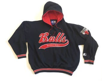 Chicago Bulls Starter embroidered script black hoodie w/ arm patch large