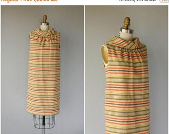 48 HR FLASH SALE Vintage 1960s Wool Shift Dress | 60s Dress | 1960s Dress | 60s Striped Dress | 1960s Day Dress - (medium)