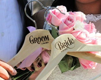 Bride and Groom Hangers for Wedding Personalized Hanger with date, Wedding Photo Props, Bride Hanger, Groom hanger, Bride and Groom Sign