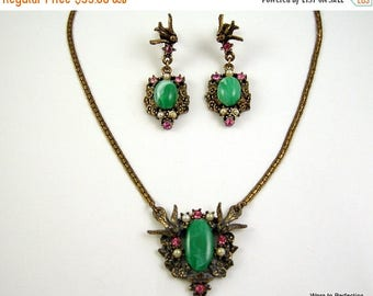 45% off Sale Vintage Bird Necklace and Earrings with Green Cabochon, Pearls and Pink Rhinestones