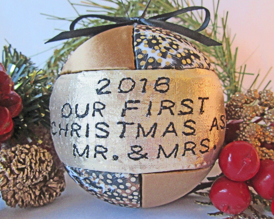 Wedding Gift Ornaments: 2018 Mr And Mrs First Christmas Ornament Wedding Gift Just