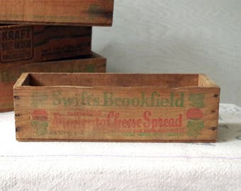 Wooden CHEESE BOX 3lb Swift Brookfield Cheese Box - Primitive Wooden Cheese Box