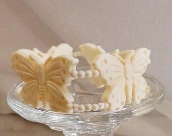 SALE Vintage Celluloid Butterfly Bracelet.  Creamy White Butterfly Bracelet.