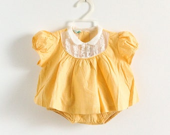 Vintage 1950s Baby Girls Size 6M Duets by Little Craft Clothing Set, Yellow White Checked Cotton Top and Ruffled Dry Panty
