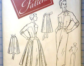 Women's Day #3223 - 1950s Vintage Sewing Pattern - Ladies Tailored Dress With Detachable Overskirt