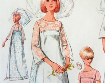 1960s Wedding dress pattern, detachable train, bridesmaid, retro evening gown, vintage sewing pattern Simplicity 6824 misses size 16 bust 36