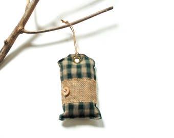 Balsam fir pine sachet, homespun cotton, Christmas balsam, Christmas ornament, scented ornament, cinnamon scented, pine cinnamon chips
