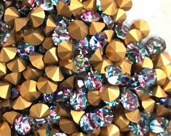 Vintage 5mm Iridis Glass Rhinestones IRIS Vitrail Pointed Back Foil,jewelry supplies Rainbow colorful blue green,vintagerosefindings #1259A