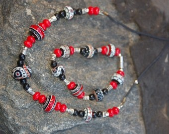 "Lampwork Coral and Black Onyx Necklace Bracelet Set - ""Quilts of Grace"""