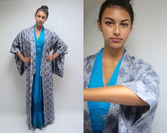 Long Kimono // Kimono Robe // Japanese Kimono Robe  // 50s Kimono Jacket  //  Silk Kimono  //  Japanese Robe  //  THE OKINAWA