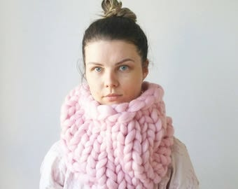 READY MADE Pink Knit Scarf. Luxury Chunky Snood Infinity