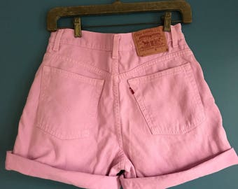 Levis High Waisted Pink Demin Shorts