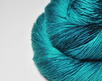 Diving into the Caribbean sea - Silk/Cashmere Lace Yarn