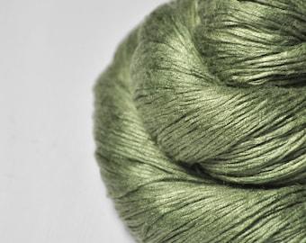 Rotten pistachio cream macaron - Fleece Silk Lace Yarn - LIMITED EDITION
