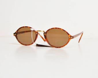 Vintage 90s Round Tortoise Sunglasses Shades