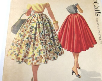 Vintage McCall's Printed Pattern #3511 Waist 26 Pleated Circle Skirt Misses' 1955 Sewing Notions Pattern Vintage Fashion Supplies (G330)