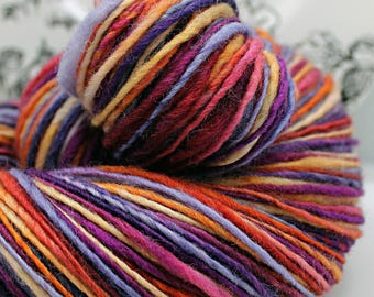Handspun Yarn Gently Thick and Thin DK Single Polwarth 'Puesta del Sol'