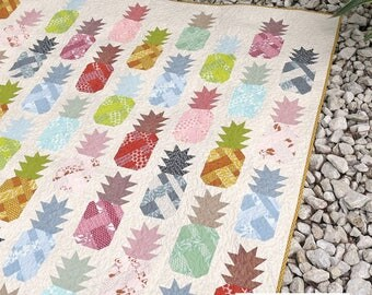 QUILTING FUN (Quilt Pattern) - Pineapple Farm - Design by Elizabeth Hartman (Quilt and Pillow)