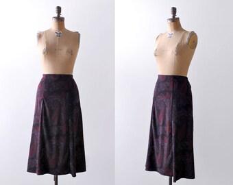 1990's Paisley Skirt. xl. 90 black & red skirt. A-line. Mid length. Grunge.