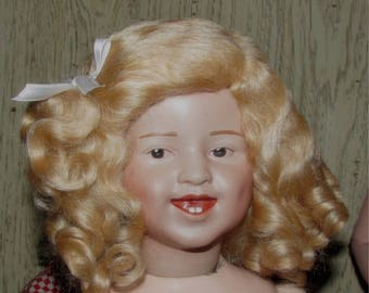 Doll wig mohair size 10 daisy style medium blonde antique or reproduction doll wig