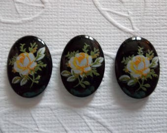 Yellow Rose on Black Vintage Cameos - Decal Picture Stones -  18X13mm Glass Cabochons - Qty 5