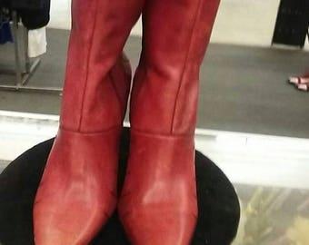 vintage ladies leather boots size 9.