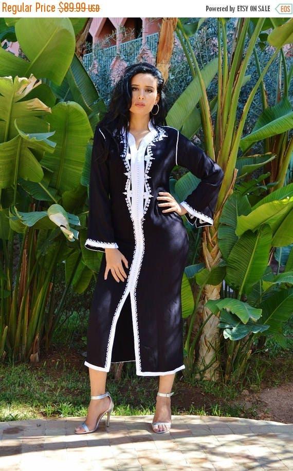 SUMMER 10% OFF // Christmas Gift Ideas- Clothing Black with White Warda Moroccan Caftan Kaftan -maxi, resort, beach cover up, Birthdays, Mat