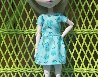 Flower pattern mint color short sleeve dress