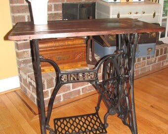 Steampunk Rustic Industrial Singer Sewing Machine Cast Iron & Barn wood Desk Table