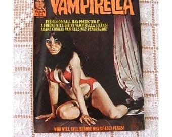 VAMPIRELLA  Magazine Sept 1976 No. 54  Vampires Blood Monsters