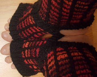 Black and red yoga wool socks.  Size ladies M