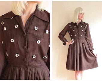 1960s Dress // Daisy Day Dress // vintage 60s dress
